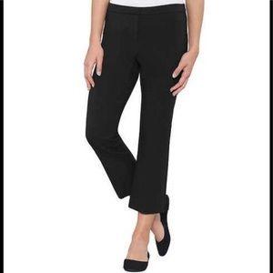 NWT Max & Mia Capri Crop Pull On Pants. Black M.